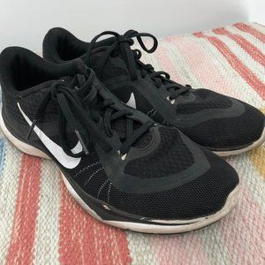 Nike Training Black Athletic Shoes Size 9.5